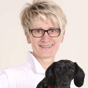 Tierärztin Uta Schmidt